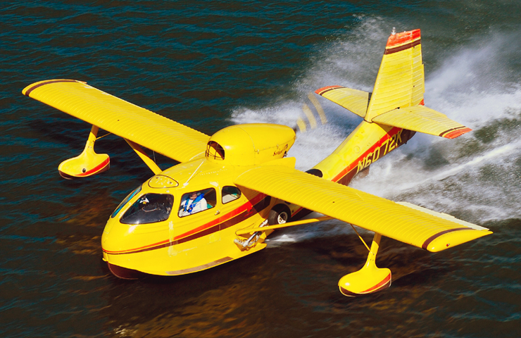 Republic Seabee - losing a wing float...